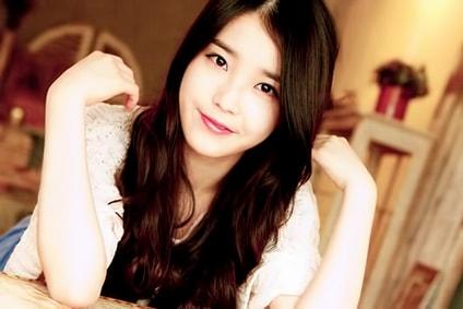 IU K-Pop Profil
